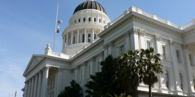 Internet Cigarette Vendors' Lack of Compliance with a California State Law Designed to Prevent Tobacco Sales to Minors